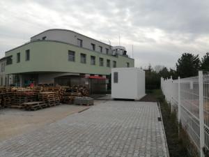 Budč-kontejner-00